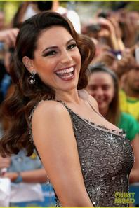 Kelly Brook: 'Keith Lemon' Premiere !
