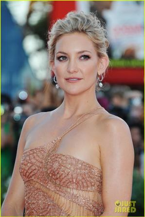 Kate Hudson & Naomi Watts: 'Reluctant Fundamentalist' Venice Premiere!