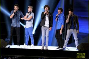 MTV VMA'S 2012 : SHOWS