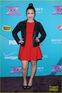 Britney Spears & Demi Lovato: 'X Factor' Finalists Party!