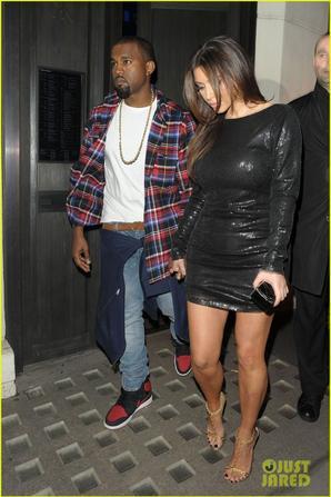 Kim Kardashian: Hakkasan Dinner with Kanye West!