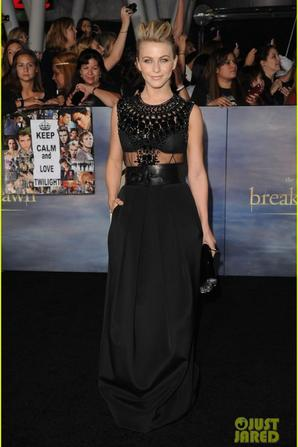 'BREAKING DAWN PART 2 PREMIERE'