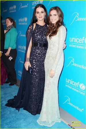 Katy Perry & Selena Gomez: Unicef Snowflake Ball!