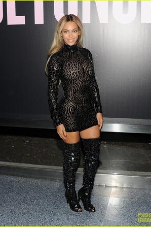 Beyonce: Mosaic Black for 'Beyonce' Screening & Release Party!