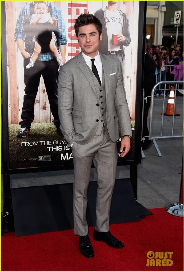 "Zac Efron : ""Neighbors"" L.A Premiere"