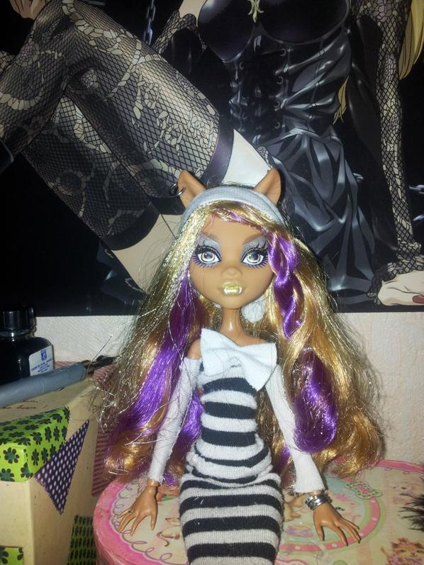 Création de vêtements pour ma monster ^^