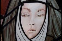 120 - Créations de Judith Debruyn, série de visages - Transept Droit église St Amé -