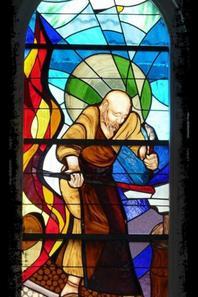 123 - Vues de l'intérieur, détails du vitrail, transept droit -