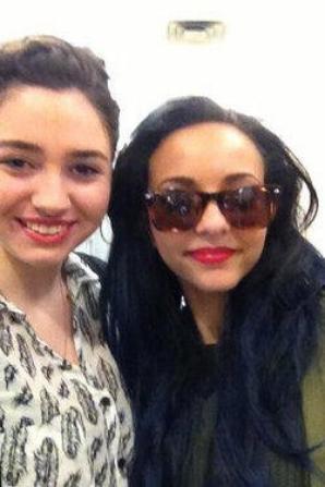Les filles et une fan à N.Y <3 #Mixerement