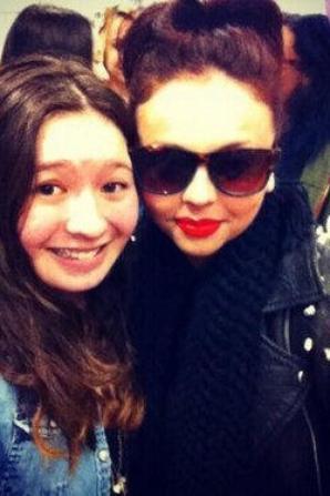 Les filles à l'aéroport à N.Y <3 #Mixerement