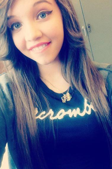 Incroyable brunette !