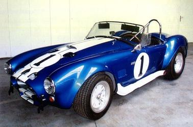 Duels : Shelby Cobra 1969 // VS // Chevrolet Corvette Stingray 1975