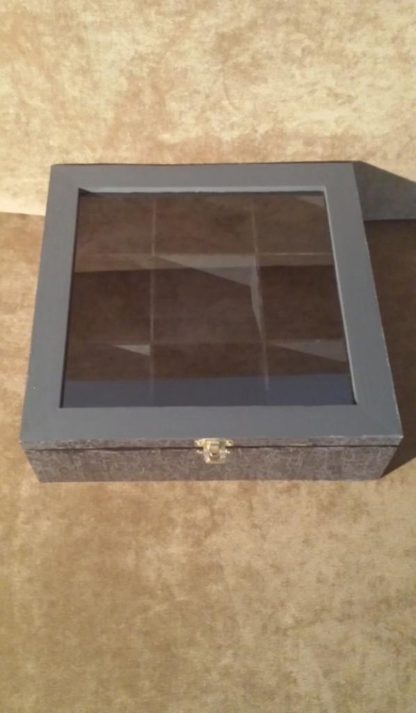 un boite pour une copine