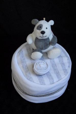 gâteau gris/ blanc