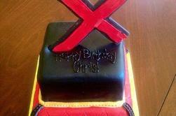 Fête surprise organisée pour le retour de Chris avec des invités de marque pour fêter son anniversaire en retard !