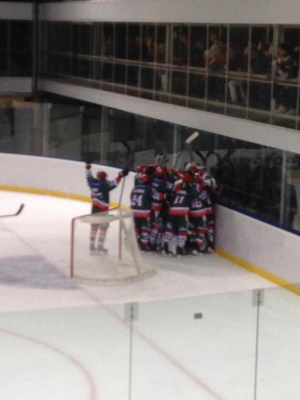 Victoire 6/4 des yétis ce samedi à Megève : Hockey D1
