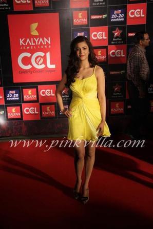 Shruti on the CCL red carpet