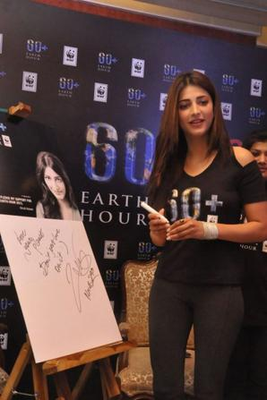 shruti hassan at earth hour 2013 launching pledging