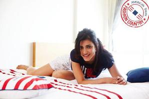 Drop Dead Gorgeous Shruti's pic of American Swan.