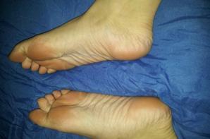 http://feetgirl53.skyrock.com/profil/