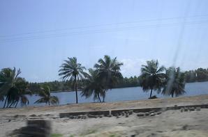 Assinie (la lagune)