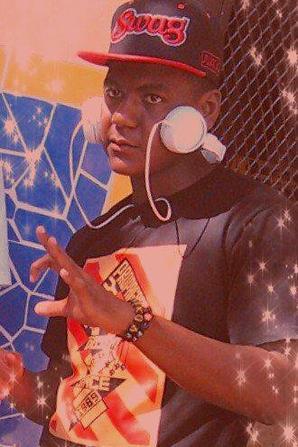 sécteur F / Ndzozi yangu_Ryan- T feat Fhm_masterise prod Dj khader (2013)