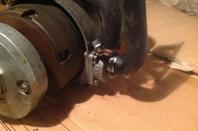 Gros plan sur la pompe a eau