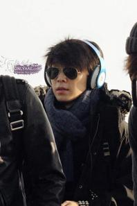 130114 Donghae at Incheon Airport (to Malaysia)