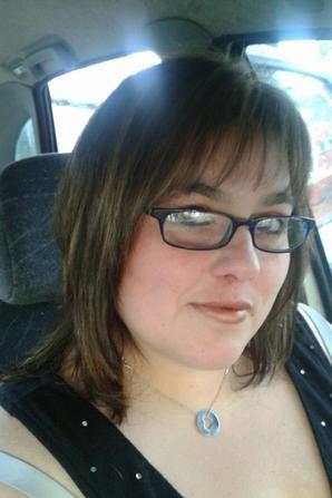 moi avec 15kg en moins et avec ma nouvelle coiffure