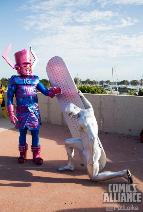 Cosplay Galactus VS Finn, Galactus et Galactus et le Surfeur d'argent