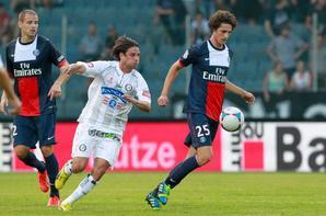 "Match amical, défaite 3-1 contre le Sturm Graz. Beric (26""), Djuricin (28""), Vujadinovic (76"") / Ongenda (85"")"