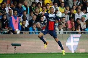 """3e journée de championnat, victoire 2-1 face a Nantes. Cavani (24""""), Lavezzi (73"""") / Alex (52"""")"""