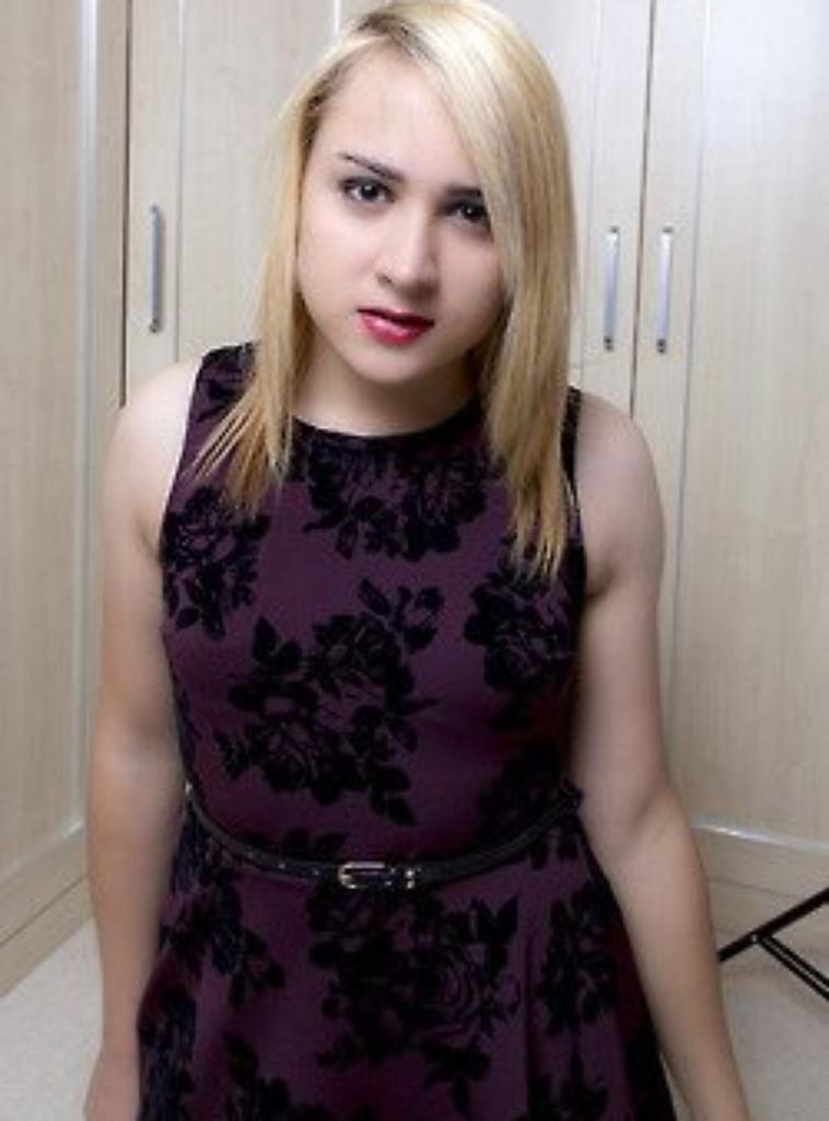 Encore avec les cheveux blond ^^