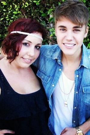02.09 Justin et des fans. (2)