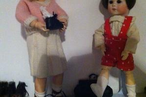 Lili la petite Loulotte au magasin de chausures :