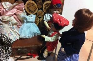 Lili poursuit sont shoping au rayon prêt a porter :