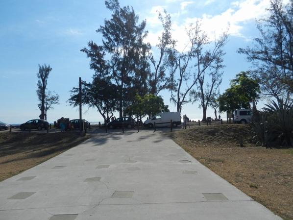 Mail de Rodrigues + Allée plage