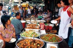 LE MARCHÉ EN THAILAND