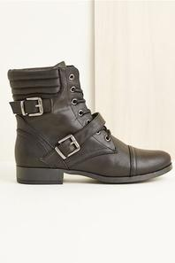 mes chaussures preferées au magasin jennyfer