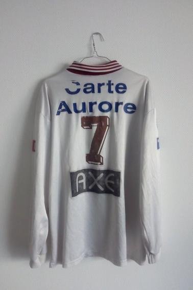 Maillot FC Metz porté par R. Pires lors des 1/8 de finale de coupe de France face à Bourg Peronnas durant la saison 97/98