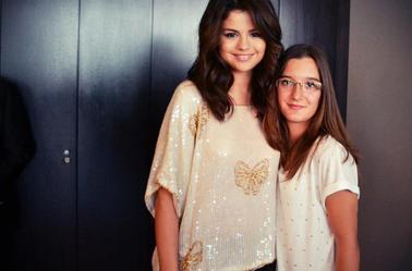 Selena Gomez - Des nouvelles photos de l'interview pour purefans a Paris