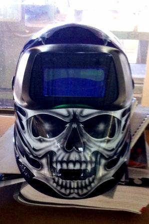Il tue mon nouveau masque à souder, je crois que je vais faire de la mob avec en faite mdr!!!