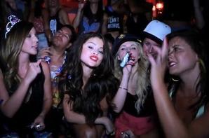 Selena Gomez fête ses 21 ans!