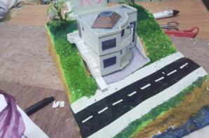analyse d'un studio d'architecte ,maquette et dessin graphiques en ech; 1/100,note pas encors rendu :)