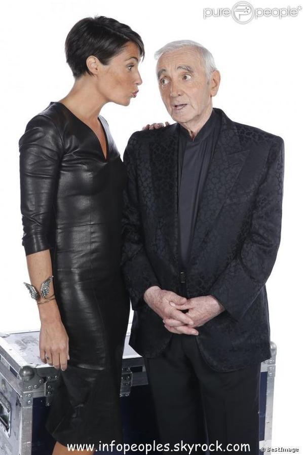 Charles Aznavour: Très ému aux côté d'Anggun et des plus grands artistes