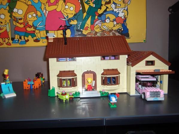 Voilà la maison des simpsons est terminée.