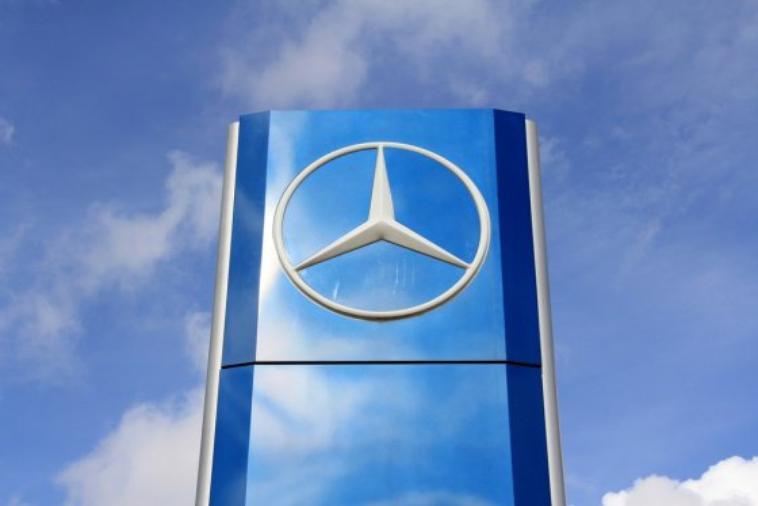 Mercedes s'offre 25% de MV Agusta