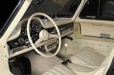La Mercedes-Benz 300 SL W198