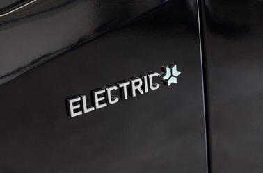 Mercedes Sprinter Electric : une autonomie de 300 km .