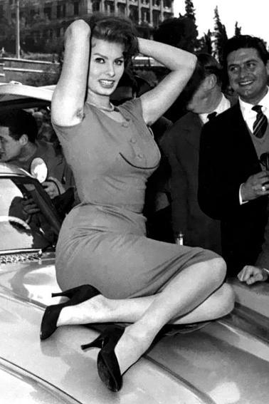 """Sophia Loren au """" Rally del cinéma """" de 1956"""